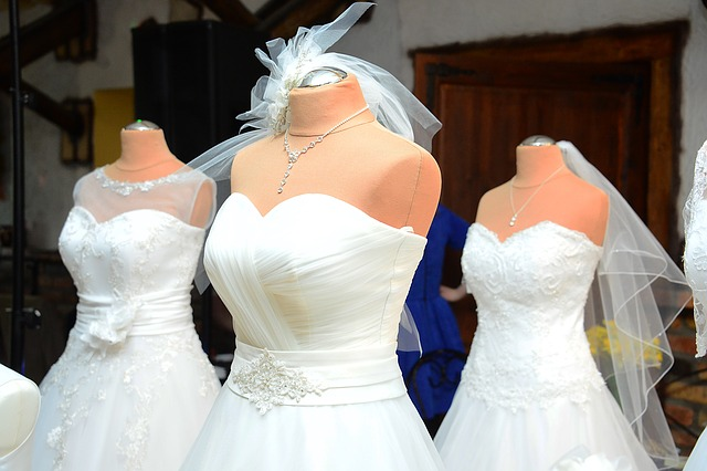 6 Go RTW Or Rent Your Bridal Gown